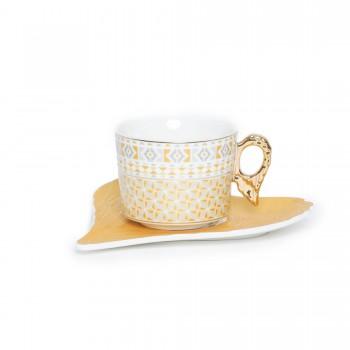 Tasse à café avec sous...